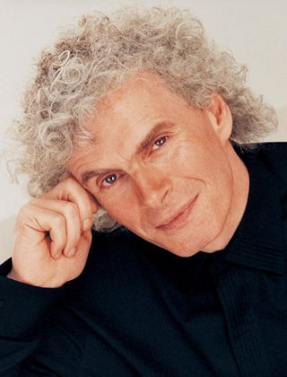 Sir Simon Rattle / Photo: Sheila Rock (licensed to Warner Classics)